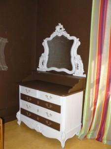 La chambre de Léa revue et corrigée, meubles et murs..... P1120371-225x300
